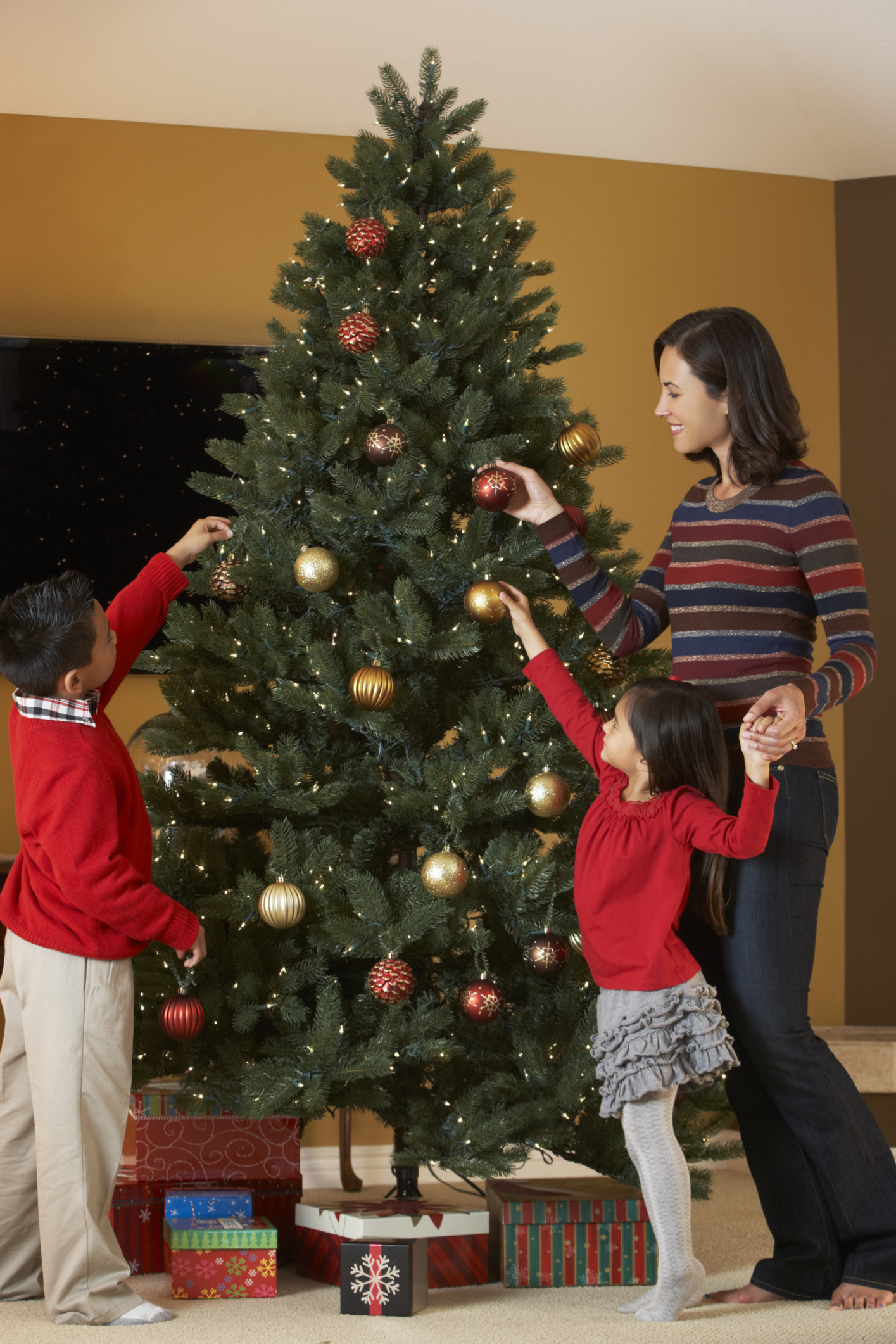 Christmas Tree Repair Service